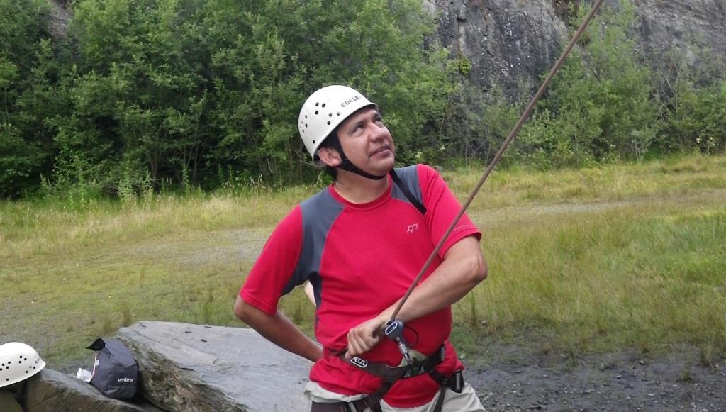 Belay climbing